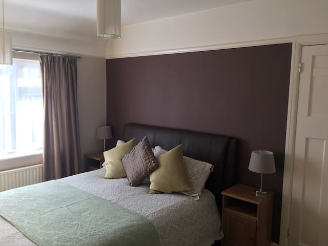 Luxurious room close to Altrincham - Timperley