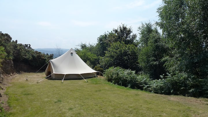 """""""Blue Bell"""" Tent Woodland Glamping In Snowdonia"""