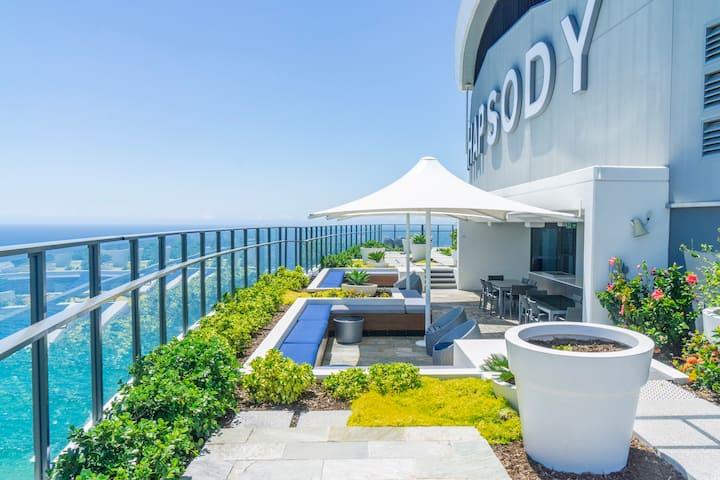 Rhapsody Resort - Two Bedroom High Ocean Apartment