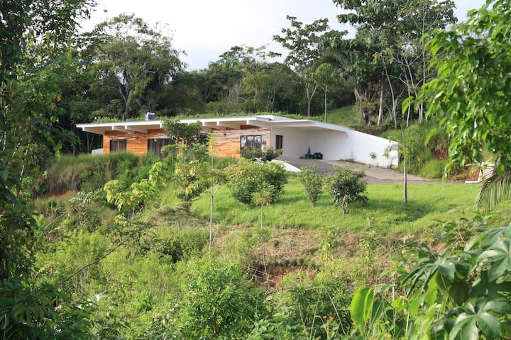 Vista de Mar Eco Home with solar air