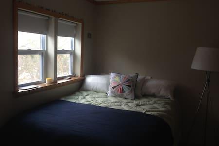 Sweet tiny home near Lake Geneva - Genoa City - Haus