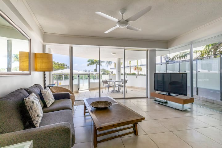 Maroochydore 2 Bedroom Apartment Next To Beach