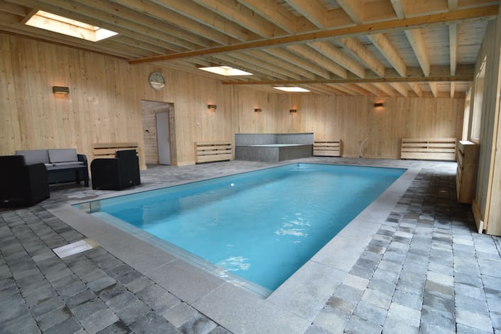 Gorgeous Mansion with Swimming Pool and Sauna in Büllingen
