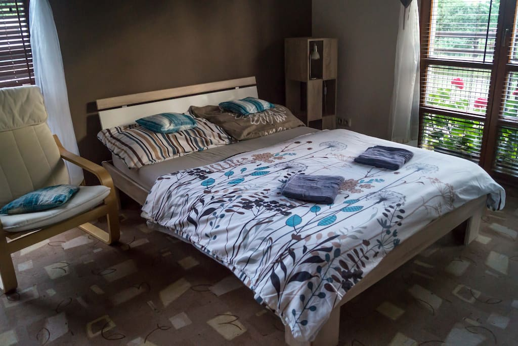 Comfortable double bedroom suite for the pairs.
