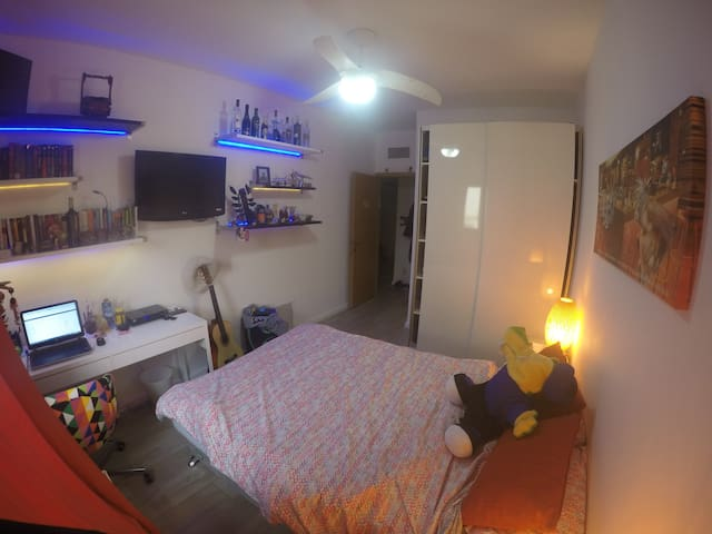 Beautiful, clean, comfortable Home - Tel Mond - Rumah