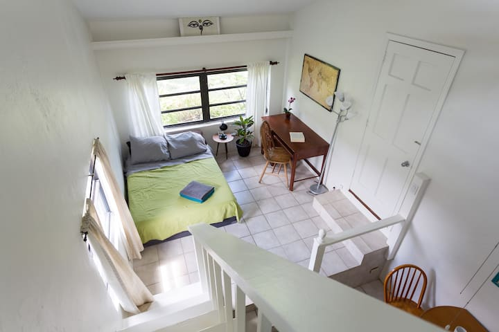 Comfy private guesthouse in South Florida