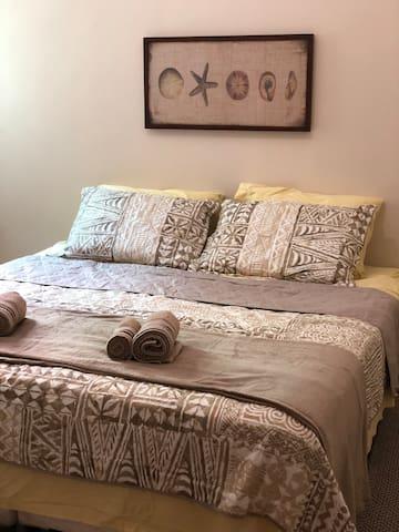 Quarto cama queen