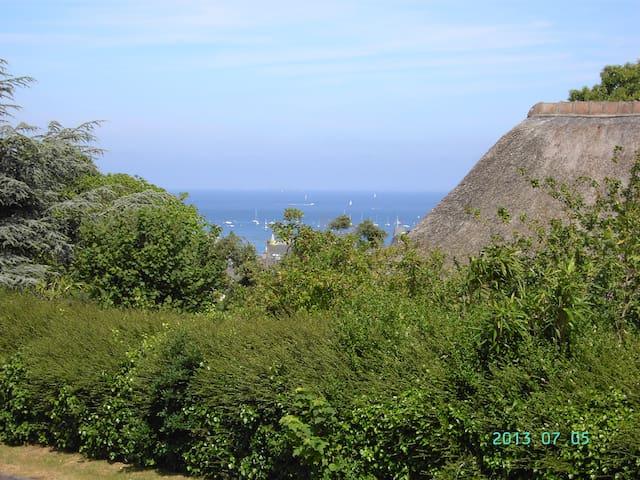 Appartement au calme avec petite vue mer - Saint-Cast-le-Guildo - 아파트