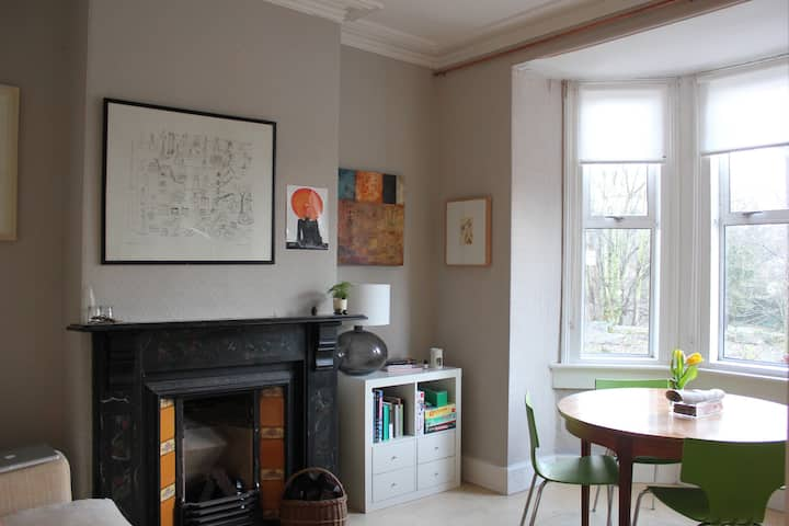 Stay in a Stylish Victorian Home, Central to City