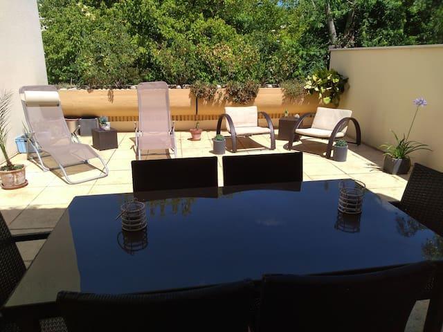"Appartement "" La Terrasse !! """