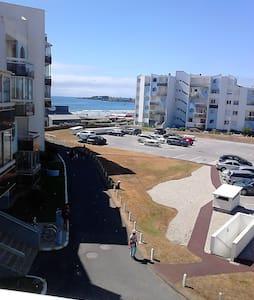 T2 en bord de mer - Apartment