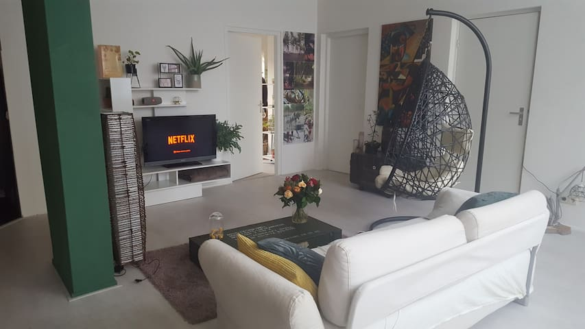 Spacious apartment, 20 minutes from Ams CS!