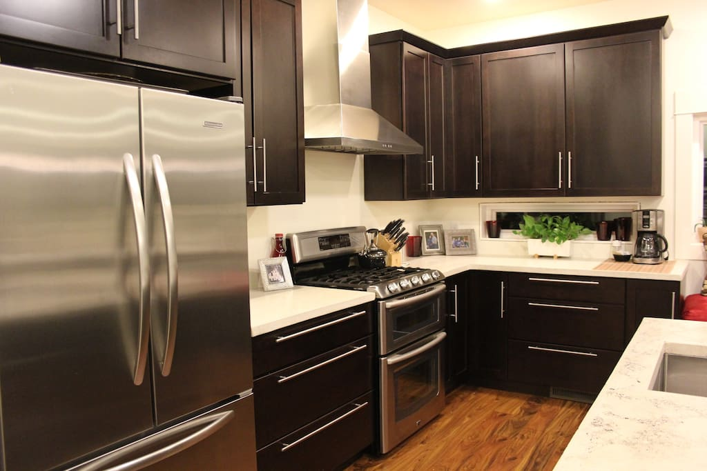 """Totally loved the kitchen and first floor .. Great for family get togethers.."""