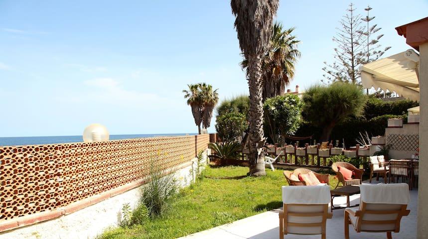 Villa en el mar en Ognina de Siracu - Ognina - Villa