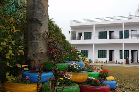 Jim Corbett Farm House -Jungle View R6 Jacquar