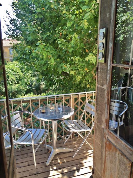 Le balcon sur jardin
