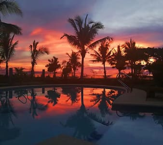 Villa RJ seaside (圣•方壶海景墅)独栋小别墅大床房看海,跳岛游零距离出海。