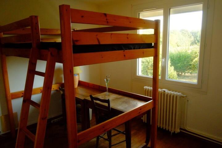Chambre chez habitant (petit dèj possible en sus)