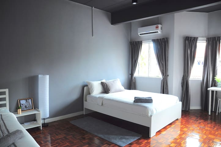 GRAYHAUS BU3 Superior Room @ Bandar Utama