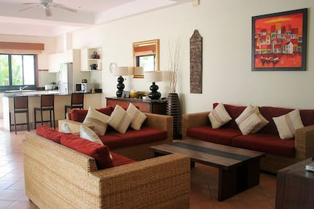 3 BDR villa at Laguna Fairways, Bang Tao beach - Choeng Thale - Villa