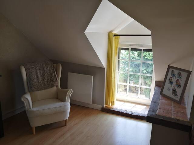 Première chambre, lit 160 cm