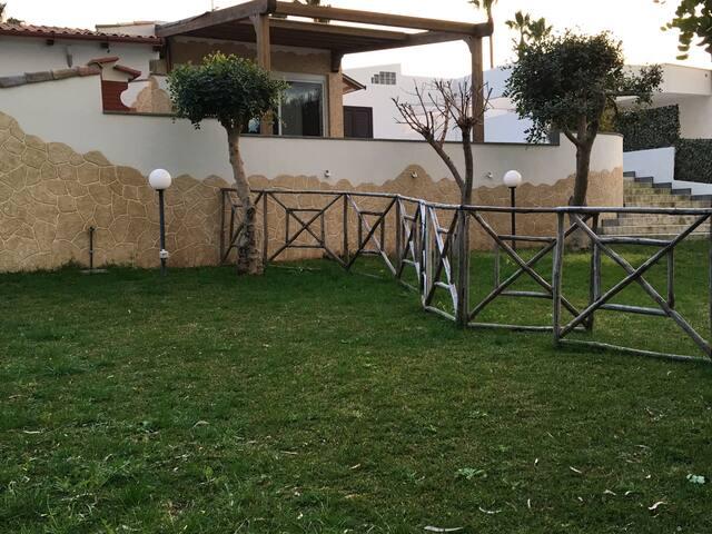 Villa con giardino a Brucoli Siracusa e Catania - Brucoli, Contrada Gisira