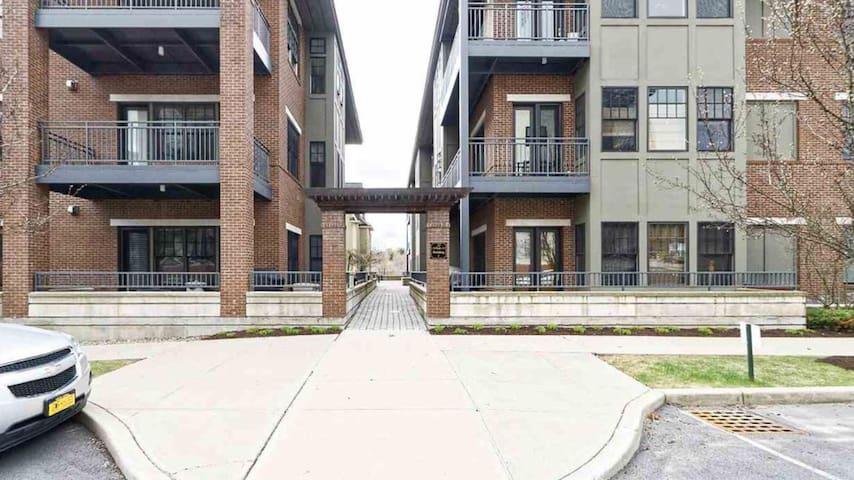 Whistler Court Condominium