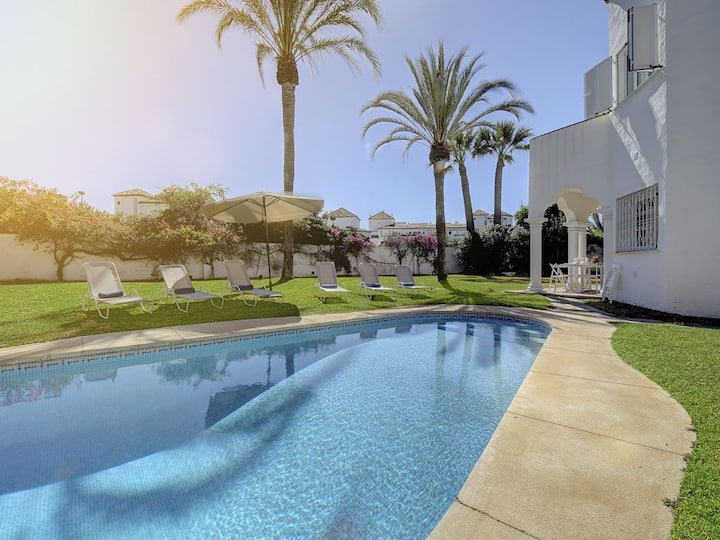 Comfortable 6-bed villa for families and groups