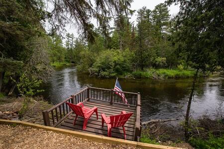 Pine Bend Cottage