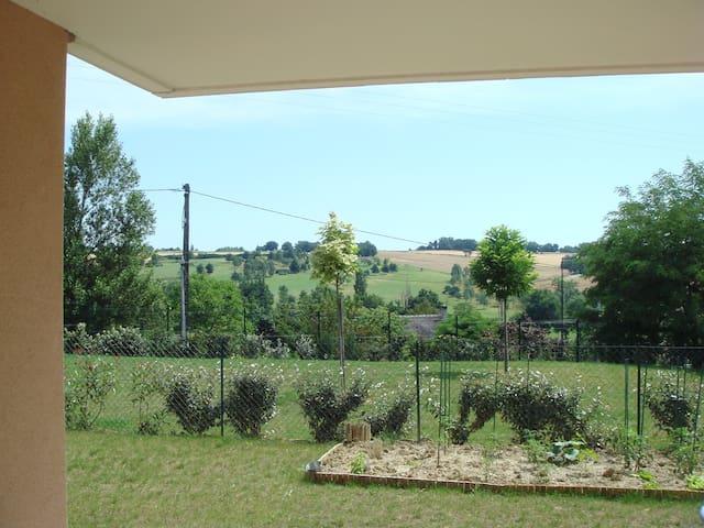 Appartemnt très calme + jardin à 2 pas de Toulouse - Montrabé - Flat