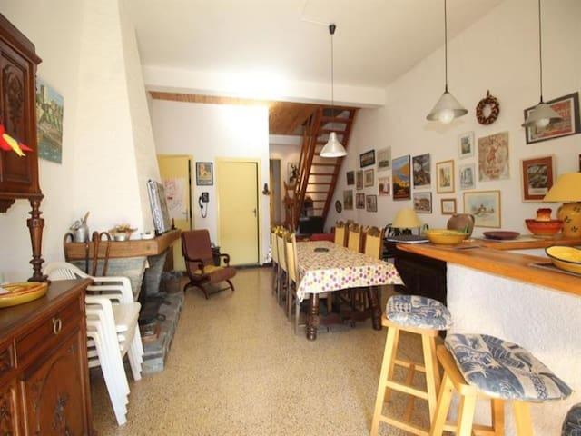 Hameau de Cosproms, maison pour 6 personnes, avec terrasse - Port-Vendres