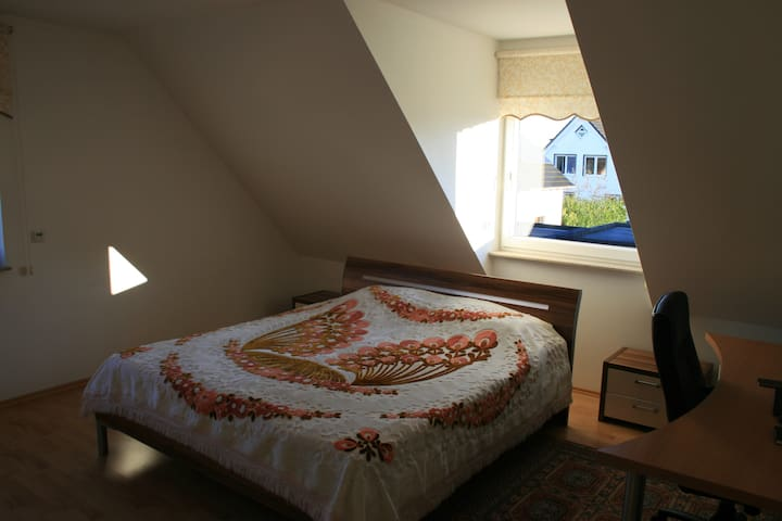 Great Room very close to Messe Düsseldorf - Meerbusch - House