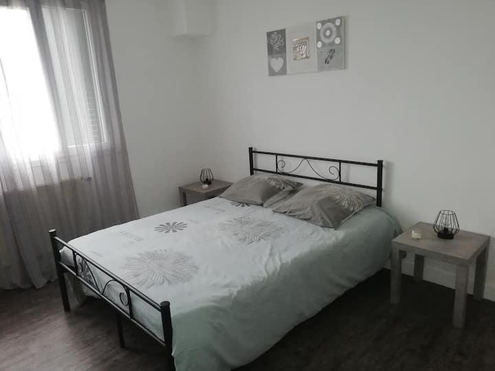 Appartement simple et douillet jusqu a 7 personnes