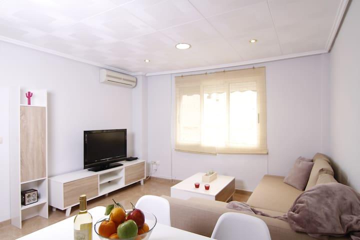 Apartamento en playa Malvarrosa, zona Cabanyal - València - Apartamento