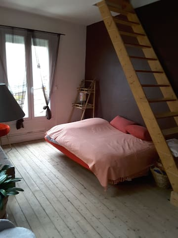 la chambre mise à disposition