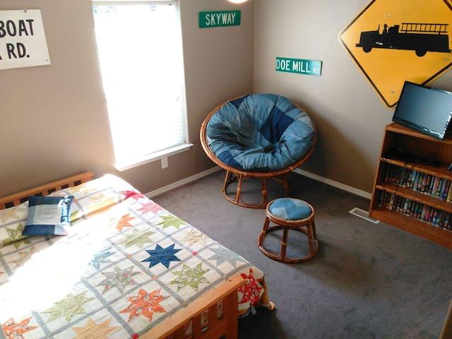 Creek Side Corner Room in Modern Country Home