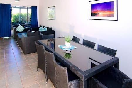 Cable Beach Apartments - 3 Bedrooms