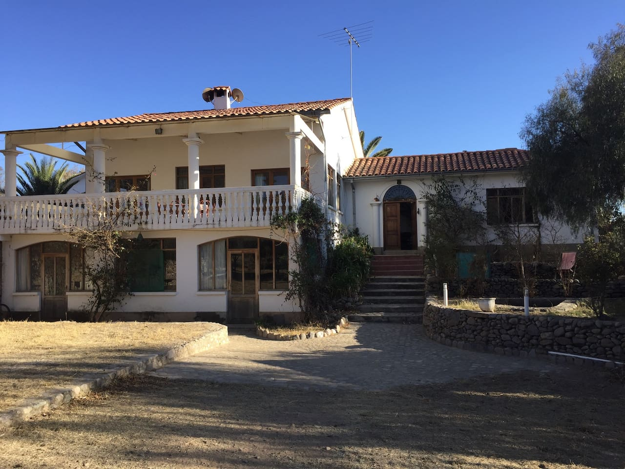 La casa hotel Poneloya 5 minutos del centro Tarija, Bolivia