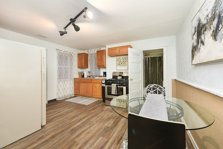 Great Value, Great Location Updated 1BR