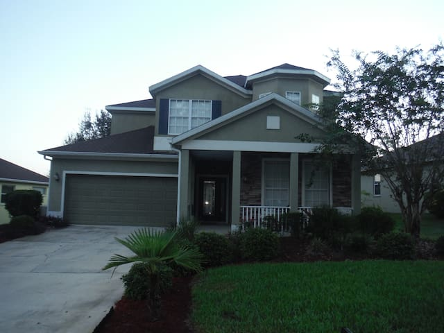 Mount Dora Sorrento  Pool/ golf course home . - Sorrento - House