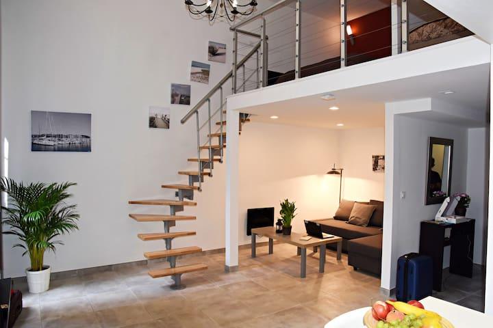 Massilia New'z Appart 2 - Duplex St Charles