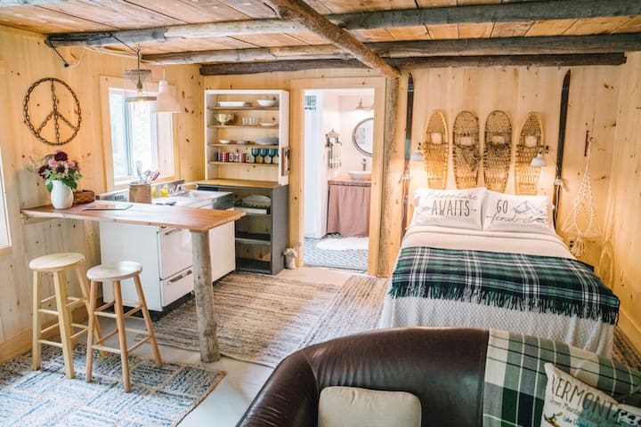 Relax in a Cozy VT Barn in a 40 acre Forest