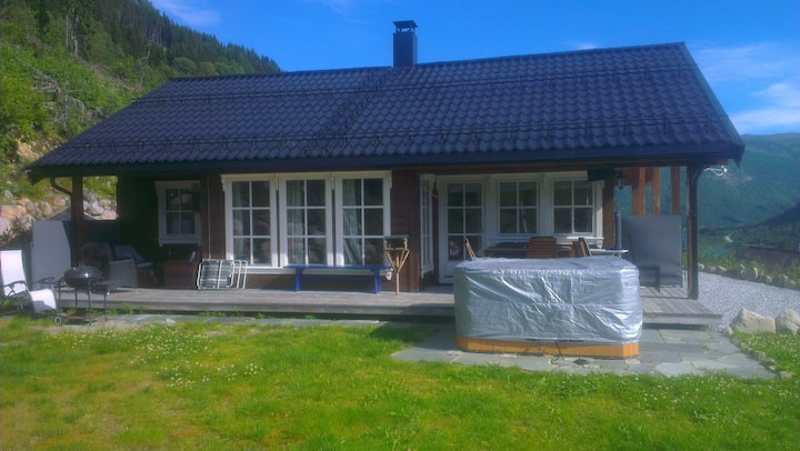 Nice cabin in wonderful scenery in Sogndal county.