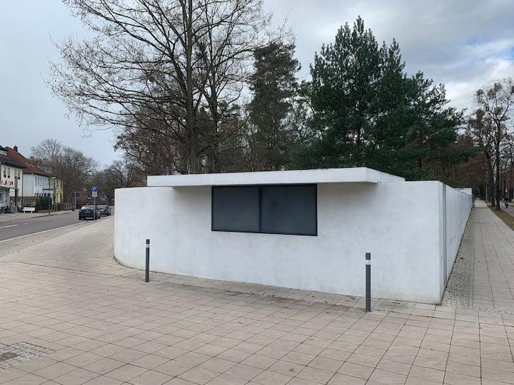 The bauhaus Trinkhalle (Kiosk)