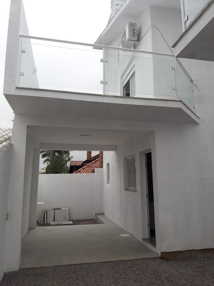 Casa nova em condomínio fechado - Casa 3