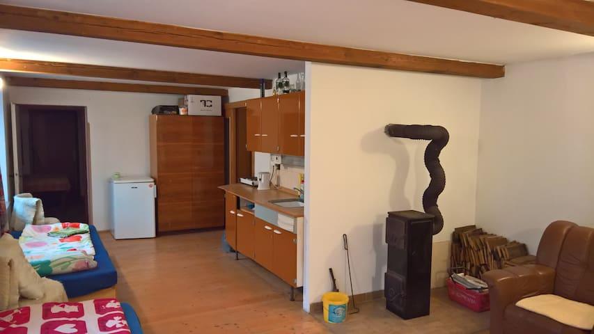 Ubytování v soukromí - Bobrová - House