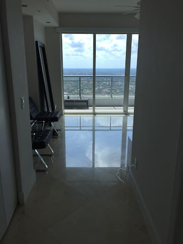 Modern Luxury Loft in Brickell - Miami - Condominium