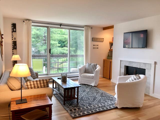 Mountainside Condo at Sugarbush, Vt