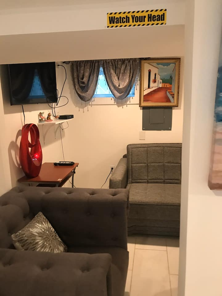 Confortable Basement/ Studio close to NYC.