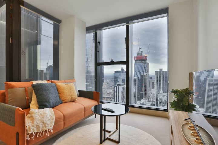 Panoramic Views 1BR APT on Collins Street*Collin46
